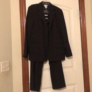 Pin stripe pant suit